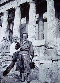Margareth Tatcher in Greece - Acropolis of Athens Athens Acropolis, Parthenon, Athens Greece, Old Pictures, Old Photos, Vintage Photos, The Iron Lady, Greek History, Greek Culture