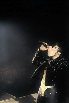 Michael Jackson Pose Images & Pictures Becuo MJ in