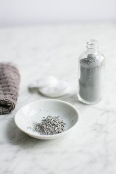 DIY: detox clay + charcoal facial cleanser