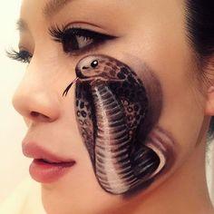 Love this cobra drawn by So realistic! Sfx Makeup, Airbrush Makeup, Costume Makeup, Makeup Art, Crazy Makeup, Makeup Looks, Makeup Inspo, Makeup Inspiration, Theatrical Makeup