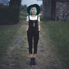 The hat and the overalls