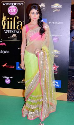 Shriya Saran @ IIFA Awards 2013 in gorgeous Manish Malhotra Saree https://twitter.com/ManishMalhotra1
