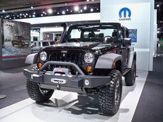 Jeep Wrangler - Call of Duty Mopar Edition Jeep 4x4, Call Of Duty, Jeep Wrangler, Mopar, Vehicles, Black Ops, Jewel, Jeep Wranglers, Rolling Stock