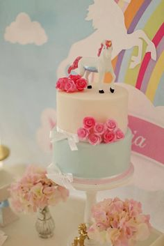 Party Inspirations: Lucia's Unicorn party by Cakes by Sharon