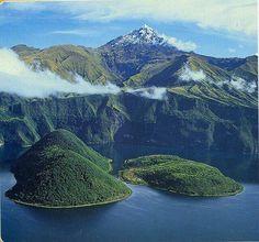 Laguna San Pablo de Ibarra Ecuador