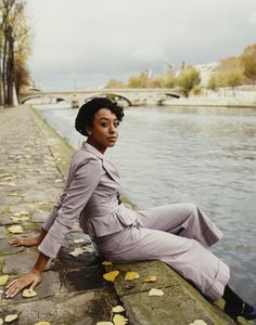 """Corinne Bailey Rae. """"Put Your Records On"""" came up on my 8tracks just now. I love that song. It's perfect for a chill sunny morning. Her voice is so easy to listen to and she is adorable."""