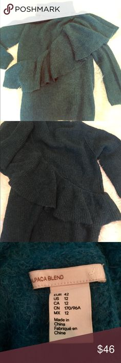 """Oversized alpaca ruffle turtleneck H&M, teal Soft and cozy, this oversized ruffle tunic sweater is a dream! It measures 32"""" in length, can be a mini sweater dress of looks amazing with leggings! Gorgeous teal, blue/green rich color. Size 12. Only worn once. Like new condition. RARE! sold out H & M Sweaters Cowl & Turtlenecks"""