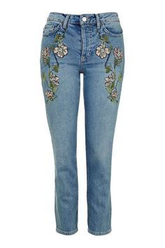 Find perfect-fitting jeans at Topshop. From skinny jeans to stylish high-risers, snap up new season denim now. Jeans Rosa, Jean Outfits, Fashion Outfits, Women's Fashion, Moda Country, Embroidered Jeans, Embellished Jeans, Shops, Cropped Jeans