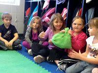 Kindergarten Faith: Pass the Purse phonics game
