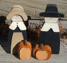 Wood Pilgrims with pumpkins  Thanksgiving decor  country primitive fall decorations shelf mantle table on Etsy, $24.00