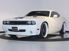 Cocaine White Challenger