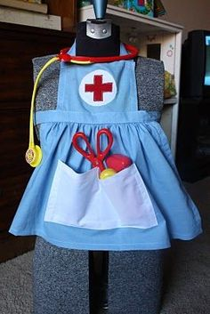 : Dress Up Nurse how cute for my grand daughter Amelia!  Grammy will to make this for her and dress q doll to match