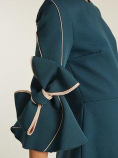Roksanda Harlin bow-sleeved bonded-crepe dress