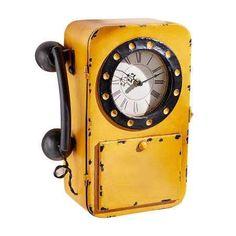 Lust auf Vintage? Die Wanduhr mit integriertem Schlüsselkasten, lädt auf eine Zeitreise ein.