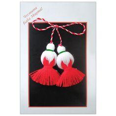 мартеница кокиче - Google Търсене Baba Marta, International Craft, Yarn Dolls, Crochet Crafts, Crochet Ideas, Easter Eggs, Hand Embroidery, Projects To Try, Christmas Ornaments