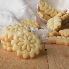Italian Biscuits, Italian Cookies, Italian Desserts, Gf Recipes, Dairy Free Recipes, Sweet Recipes, Cookie Recipes, Sweet Cookies, Ginger Cookies