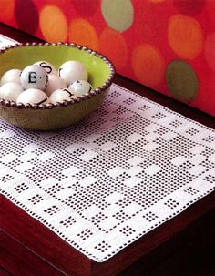 Filet Table Runners - Designed to complement every dÈcor, these contemporary runners by Joyce Geisler add a… Doily Patterns, Easy Crochet Patterns, Crochet Designs, Crochet Table Runner Pattern, Crochet Tablecloth, Filet Crochet Charts, Crochet Diagram, Crochet Dollies, Fillet Crochet