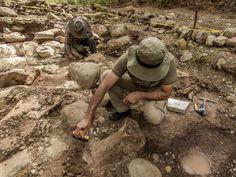 COLOMBIA - Junio 2 2016 Hallazgo Arqueológico: Tumbas de 2000 años de antigüedad. Someterán los restos hallados a análisis para elaborar un informe oficial sobre su datación