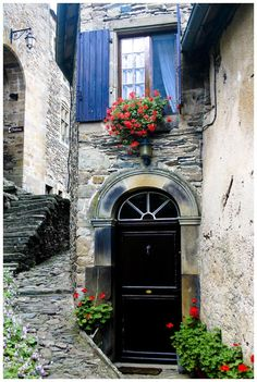 Arched entry in Provence, France photo via sharon Porches, Old Doors, Windows And Doors, Belle France, France Photos, Beaux Villages, Provence France, South Of France, France Country