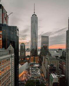 World trade center New York City, One World Trade Center, Concrete Jungle, Empire State Building, New York Skyline, Beautiful Places, Scenery, Places To Visit, Yorkie