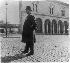 street types of New York City: Policeman - 1896
