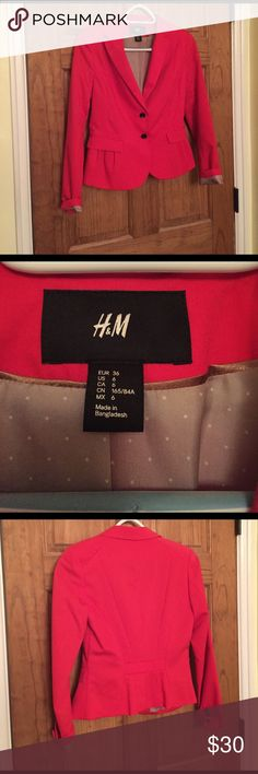 Selling this H&M red fitted blazer on Poshmark! My username is: samanthasue. #shopmycloset #poshmark #fashion #shopping #style #forsale #H&M #Jackets & Blazers