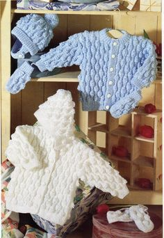 Diy Crafts - Vintage Knitting Pattern - Baby Cardigan / Hooded Sweater Hat and Mittens in DK 8 ply yarn for sizes 16 to 26 Inches - Vintage Knitting p Baby Knitting Patterns, Baby Cardigan Knitting Pattern Free, Pattern Baby, Baby Sweater Patterns, Baby Boy Knitting, Baby Patterns, Free Knitting, Vintage Knitting, Baby Sweaters