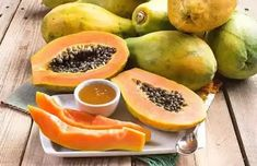 Get Rid Of Acne Permanently With Papaya And Honey Face Mask Exfoliating Gloves, Honey Face Mask, Tanning Cream, How To Get Rid Of Acne, Younger Looking Skin, Skin Treatments, Oily Skin, Natural Skin Care, Healthy Skin