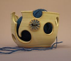 a yarn bowl...how neat!