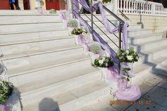 στολισμος γαμου με  λιλα χρωματα Wedding Decorations, Stairs, Plants, Image, Home Decor, Lilac, Stairway, Decoration Home, Room Decor