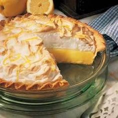 "World's Best Lemon Pie Recipe- Recipes ""MOTHER'S PIES were always so wonderful, with tender, flaky crusts. Through the year we enjoyed berry and apple pies, but in summer the order of the day was lemon meringue—so light and refreshing! Potluck Desserts, Lemon Desserts, Lemon Recipes, Sweet Recipes, Dessert Recipes, Lemon Mirangue Pie Recipe, French Recipes, Italian Desserts, Health Desserts"