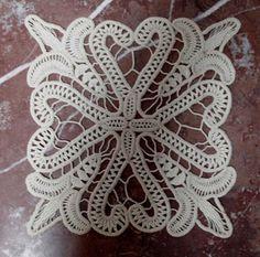 Créations Smaranda: lacet roumain