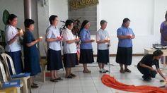 Sesion de formadoras en Filipinas