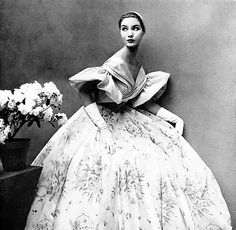 Harper's Bazaar May 1952, ball gown by Maggy Rouff