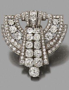 An Art Deco platinum and diamond brooch, circa 1930.