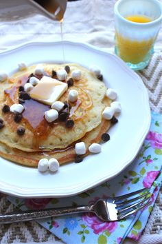 s'mores pancakes....fun for kids birthday breakfasts