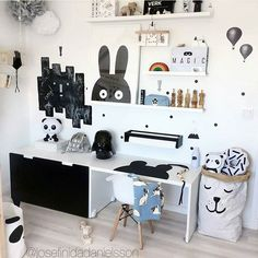 Kids Workspace Inspo and Image Regram thanks to Josefin @josefinidadanielsson based in Sweden.♥♥♥ It's the weekend and time for our kids to feature. How amazing is this kids workspace created by @josefinidadanielsson! Hours and hours of fun here! To see more gorgeous images go stalk this awesome feed @josefinidadanielsson. Thanks Josefin we love your kids workspace style!♥♥♥