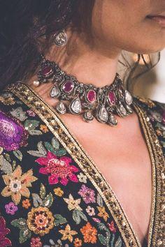 Bracelets for Women online Indian Jewelry Earrings, Indian Jewelry Sets, India Jewelry, Bridal Jewelry, Indian Fashion Jewelry, Unusual Jewelry, Silver Jewellery, Boho Jewelry, Silver Rings