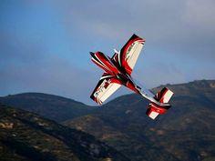 "93"" 32% Extra 330SC Gas 3D Aerobatic ARF RC Airplane Red"