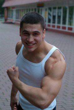Dimas, 31 год, Алматы. Анкета: http://fotostrana.ru/user/68687912/