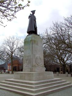 The Wolfe Statue, on the hill at Greenwich Park, London. Major General James Wolfe (1727 – 1759) remembered chiefly for his victory over the French at the Battle of Quebec in Canada in 1759.
