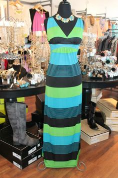 This bra-friendly style of maxi dress is a customer favorite & this print just rocks! Perfect for vacation this spring break! SZ: S-XL $64