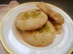 """""""Melt in your Mouth"""" Rosewater & Cardamom Cookies - Afghan Culture Unveiled Afghanistan Food, Afghan Food Recipes, Cultures Du Monde, Finnish Recipes, Eastern Cuisine, Middle Eastern Recipes, Mini Foods, Arabic Food, Asian Desserts"""