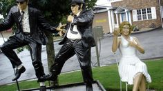 """The Classic Auto Wash in Cromwell, Connecticut (also called """"Nutty Car Wash"""") pays homage to the Blues Brothers, Marilyn Monroe, and more.  There's even a giant Santa that talks throughout the Christmas season."""