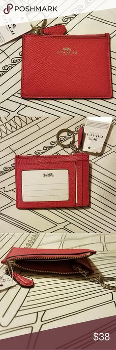 """NWT Coach ID Case/Key Ring in Crossgrain Leather New with tags Crossgrain leather, 2 card slots, 1 ID window,  silver key ring Measures 4 1/4"""" (L) x 3"""" (H) Coach Bags Clutches & Wristlets"""