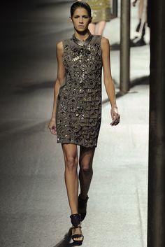 Lanvin Spring 2011 Ready-to-Wear Fashion Show - Sue Ellen