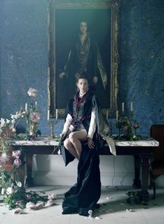 LOVE magazine released their new issue with an elegant editorial spread entitled 'Waltz Darling' featuring Kate Moss. London based photographer, Tim Walker, captures Moss in a seductiv Fashion Shoot, Editorial Fashion, Fashion Art, Trendy Fashion, Magazine Editorial, Moss Fashion, High Fashion, Editorial Photography, Fashion Photography