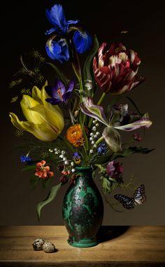 Bas Meeuws - contemporary Dutch flower still life photography Art Floral, Still Life Flowers, Love Flowers, Beautiful Flowers, Holland Flowers, Still Life Photography, Fine Art Photography, Dutch Still Life, 17th Century Art