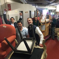 That's the spirit: hands on where help is needed! Ace Family, Backstage, Palace, Behind The Scenes, Spirit, Hands, Swiss Alps, Palazzo, Palaces
