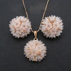 Rigant High Quality rose Gold Color Women Flower Pendant Necklace Jewelry sets, Fashion Earrings Jewelry Sets